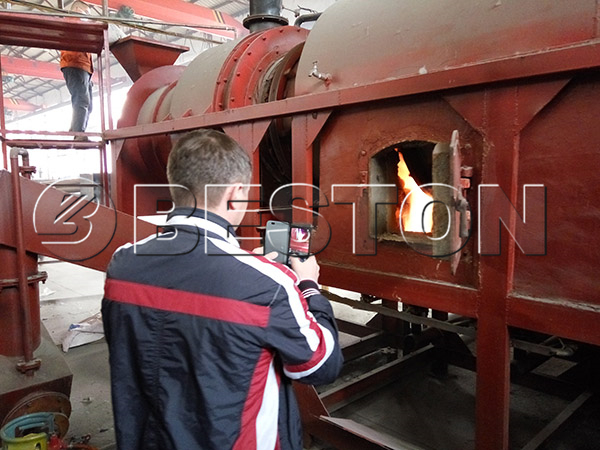 russian customer visiting rice husk carbonizer